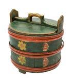 被绘的古色古香的配件箱上升了 免版税图库摄影