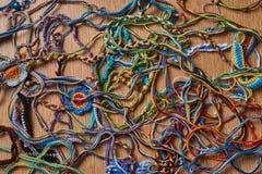 被编织的五颜六色的混乱 库存照片