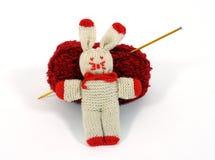 被编织的兔宝宝 免版税图库摄影