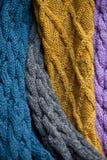 被编织的羊毛legwarmers 免版税库存图片