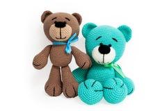 被编织的玩具-两头镶边的开会熊 库存照片