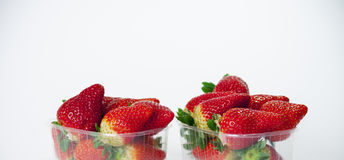 被编组的草莓 免版税库存照片