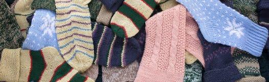 被编织的袜子背景 免版税库存图片