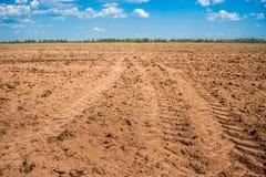 被耕的农业领域 免版税库存照片