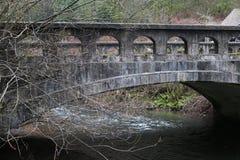 被腐蚀的桥梁 免版税库存照片