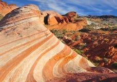 被腐蚀的砂岩红色岩石峡谷,拉斯维加斯,内华达 免版税库存照片