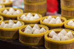 被蒸的中国粤式点心 免版税库存照片