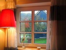 被装双面玻璃的窗口 库存照片