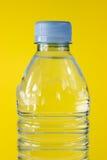 被装瓶的水 免版税图库摄影