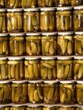 被装罐的黄瓜 免版税图库摄影