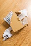 被解开的和被打开的礼物盒 库存照片