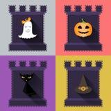 被设置的万圣夜平的象 南瓜,鬼魂,帽子,在城堡的恶意嘘声 免版税图库摄影
