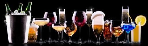 被设置的不同的酒精饮料 免版税库存照片