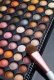 被设置的五颜六色的化妆用品 免版税库存图片