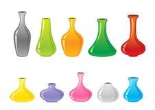 被设置的五颜六色的花瓶 库存照片