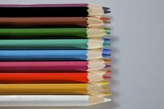 被设置的五颜六色的铅笔 免版税库存图片