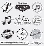 被设置的向量: 减速火箭的音乐附注标签和贴纸 免版税库存图片