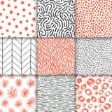 被设置的抽象手拉的几何简单的minimalistic无缝的样式 圆点,条纹,波浪,任意标志 库存照片