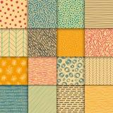 被设置的抽象手拉的几何简单的minimalistic无缝的样式 圆点,条纹,波浪,任意标志 库存图片