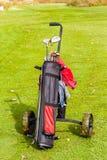 被转动的高尔夫俱乐部袋子 免版税库存图片