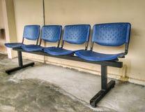 被连接的椅子 免版税库存图片