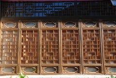 被追逐的中国传统视窗 库存照片