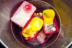被配置的危险医疗废物 库存照片