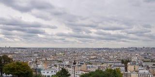 被采取的城市明显地白天防御埃菲尔eustace法国重创的halles la le les montparnasse palais巴黎地平线st可视浏览的塔 法国巴黎 免版税库存照片