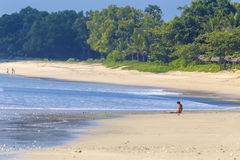 12被采取的2011威严的巴厘岛海滩印度尼西亚jimbaran照片 库存照片