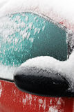 被限制的汽车霜冬天 免版税库存照片