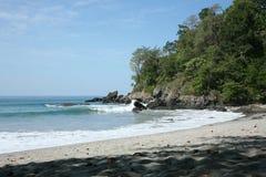 被隔离的海滩 免版税图库摄影