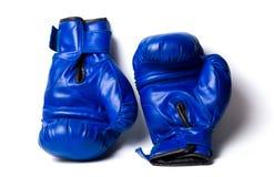 被隔绝的两个拳击手套 免版税库存照片