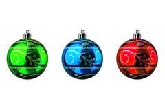 被隔绝的发光的xmas或圣诞节球收藏 库存照片