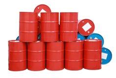 被隔绝的红色蓝色桶油 免版税图库摄影