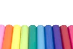 被隔绝的五颜六色的彩色塑泥黏土 免版税库存图片