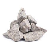 被隔绝的堆多块花岗岩石头 免版税库存照片