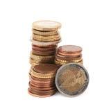 被隔绝的多枚欧洲硬币 库存照片