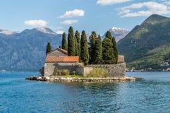 被隔绝的海岛修道院圣乔治 免版税库存图片