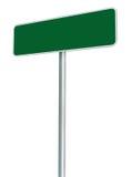 被隔绝的空白的绿色路标,大白色框架被构筑的路旁牌 免版税库存照片