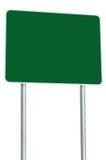 被隔绝的空白的绿色路标,大透视拷贝空间,白色框架路旁路标牌波兰人岗位空的标志 库存照片