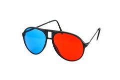 被隔绝的红色和蓝色3D玻璃 免版税库存图片