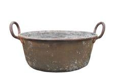 被隔绝的老铜洗衣盆 免版税库存图片