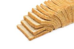 被隔绝的被堆积的全麦面包 免版税图库摄影