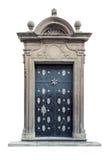 被隔绝的装饰巴洛克式的宫殿门 免版税库存照片