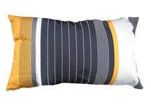 被隔绝的颜色枕头 免版税库存图片