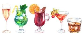 被隔绝的水彩异乎寻常的饮料酒精鸡尾酒集合 免版税库存图片