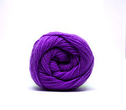 被隔绝的紫色毛线球 库存照片