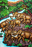 被雕刻的大象牧群 库存照片