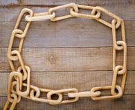 被雕刻的链一件木头 免版税库存照片