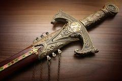 被雕刻的剑 免版税库存照片